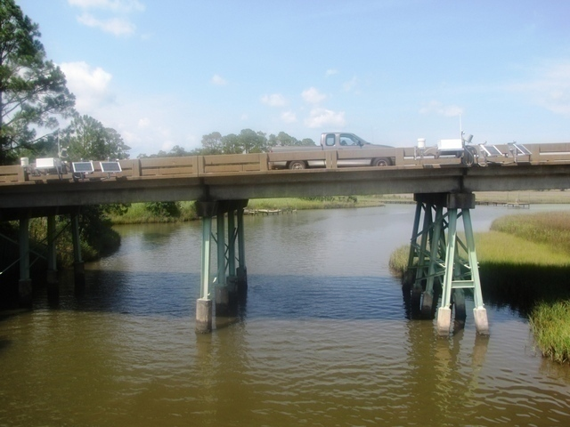 Photo of station #8738043, West Fowl River Bridge, AL
